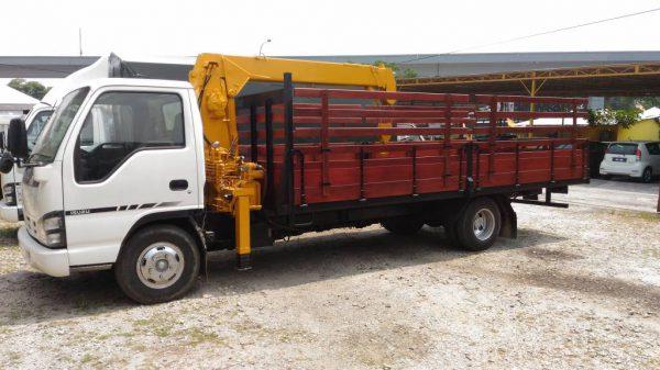 Ayer Tawar-Lorry Crane 5 Ton